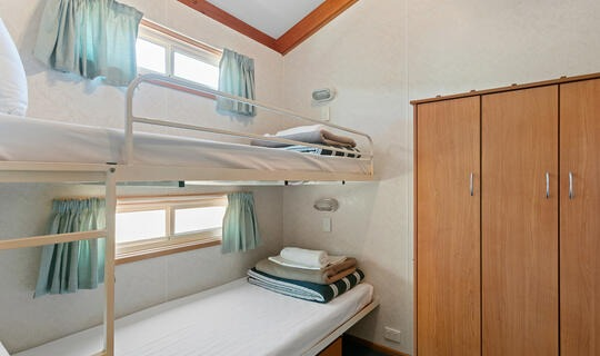 Family Superior 7 Berth